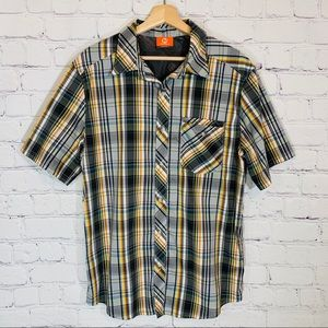 MERRELL Plaid Short Sleeve Button Shirt LARGE EUC
